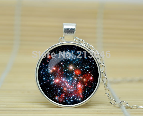 1pcs MILKY WAY Pendant Necklace Galaxy Blue Red GreenTurquoise White Silver Jewelry Jewelry Glass Cabochon Necklace A0818(China (Mainland))