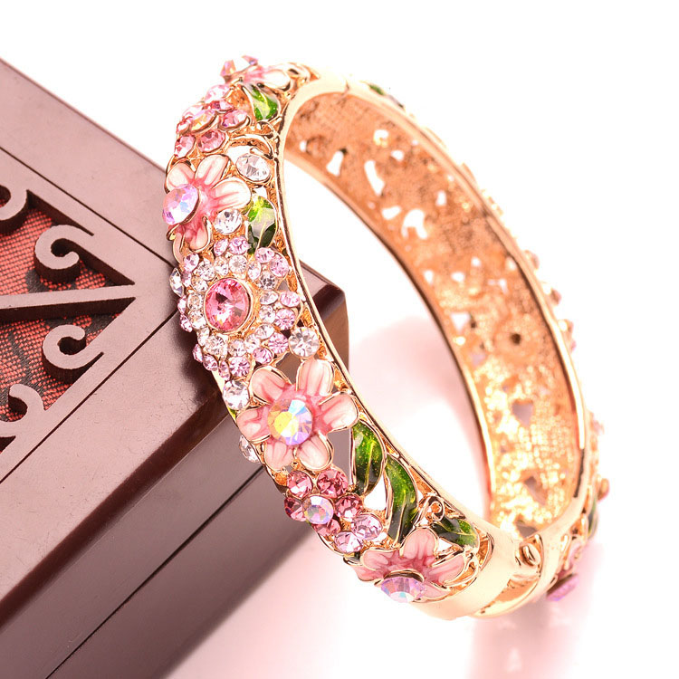 Flowers Plated Gold Enamel Bangles Bracelets for Women Jewelry Fashion Crystal Cuff Bangle Bracelet For Women Girl Gift pulseira(China (Mainland))