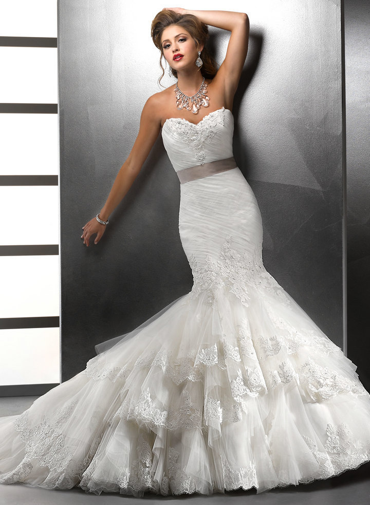 Robe de mariée on Pinterest Robes, Mariage and Bustiers