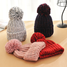 Fashion Autumn and winter knitting wool hat men and women winter cap Lovely hair ball beanies bone gorros accessory colorful new(China (Mainland))