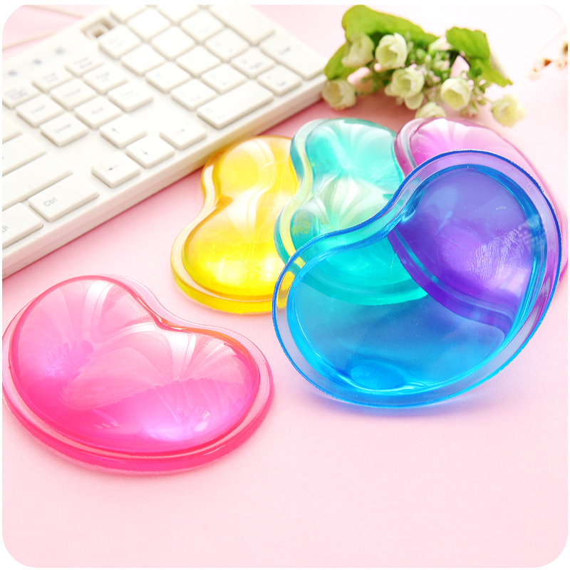 Solid color Silicone Heart-shaped mouse pad wrist prop transparent crystal cold headrest pad wrist rest Keyboard Support Helper(China (Mainland))