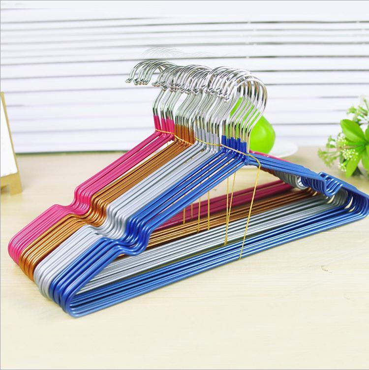 Nanoscale anti-skid plastic hangers Bold wire clothes antiskid drying rack free shipping(China (Mainland))