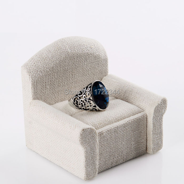 Display stand Jewelry Package Creative linen sofa jewelry box display prop diamond couple rings placed taken - Dolami Household store