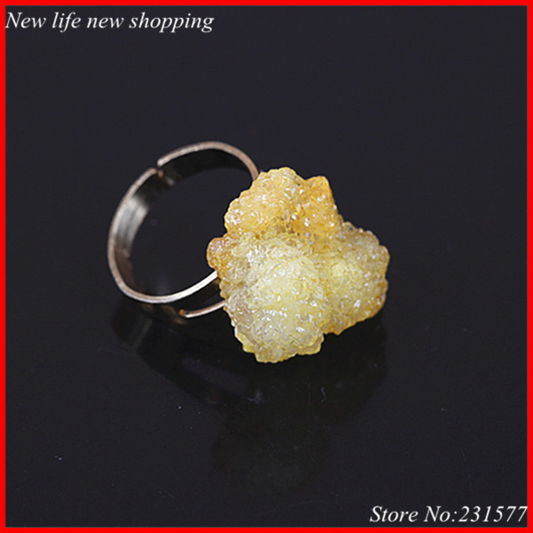 1pc new design fashion yellow crystal druzy rings ,drusy quartz natural stone golden random party ring fit female jewelry(China (Mainland))