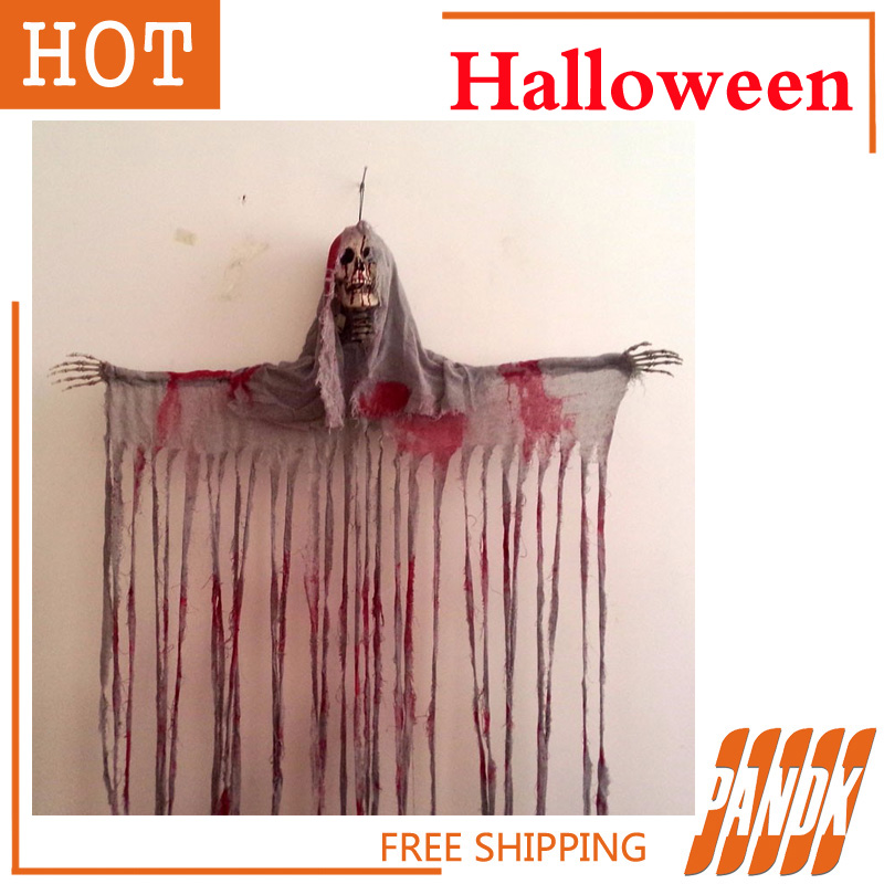 hanging reaper skull head zombie haunted house decorated hal
