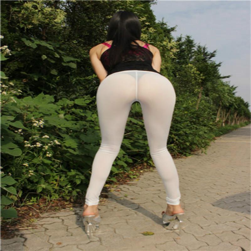 hot naked women in leggins