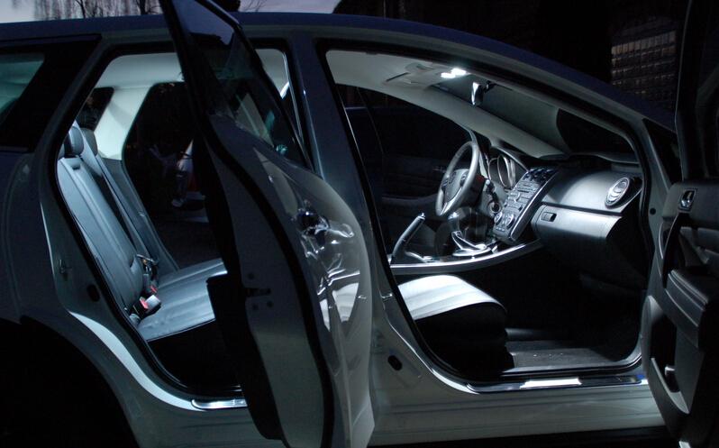 Бесплатная доставка 6 шт./лот ксеноновые лампы белого Canbus пакет комплект из светодиодов внутреннее освещение для VW Polo 9N 9N3 большой