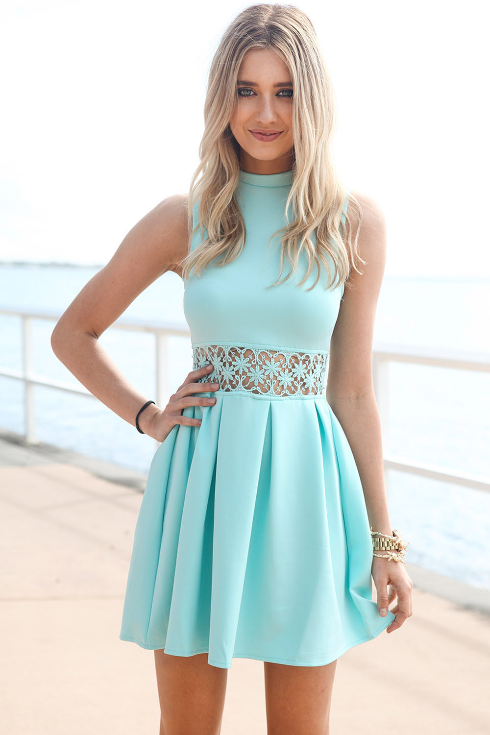 Church Dresses For Women When seeking some great alternatives in church dresses for women, besides just the occasional cute dress, it's always a good move to look at selections in women's dress suits or suit separates to get some ideas in possibilities that can really build a wardrobe.