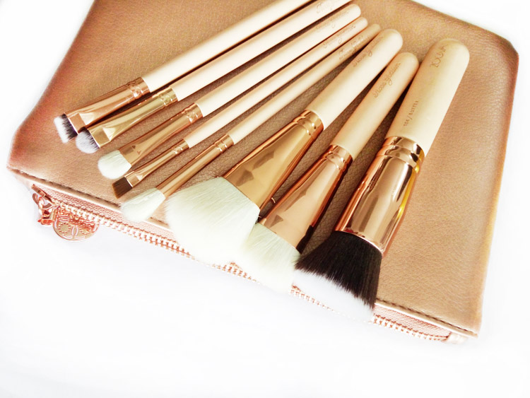 ZOEVA  8 piece best welcome 104 126 109 226 228 234 322 317  Makeup Brushes Set + bag<br><br>Aliexpress