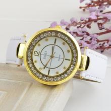 Reloj de la marca soki. en el interior del vidrio jitter diamante, de cuero de lujo. reloj de cuarzo, tabla para mujer de negocios. envío gratis