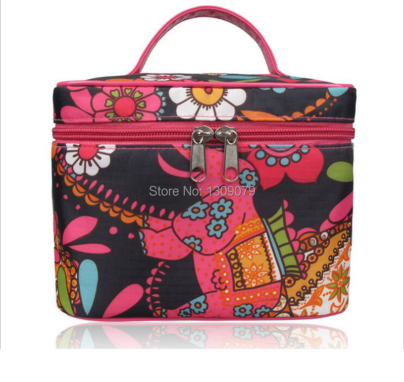 HOT/High Quality/Bohemian fashion calico Cosmetic Bag+Cosmetic Cases Metal Metal zippers and compartments+Woman holding a bag(China (Mainland))