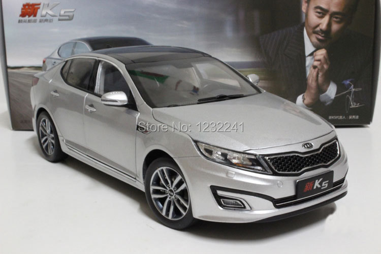 Free Shipping 1 pcs/lot Details 1:18 Scale High quality KIA K5(Silve color) Die Cast Alloy Car Model Toys Gift for Children(China (Mainland))