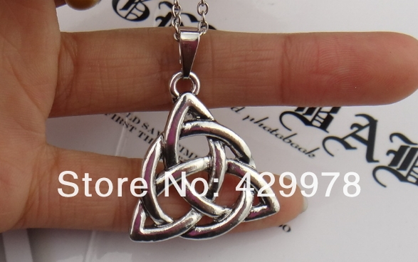 Freeshipping wholesale a lot Celtic Knot Triquetra Trinity Pewter Pendant Charmed Celtic Necklace(China (Mainland))