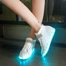 Bursts of colorful flash lanterns shoes pants shoes couple couple dressed in luminous dance shoes(China (Mainland))