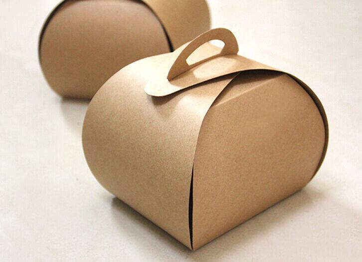 9*7.5*10CM Kraft Paper box cake boxes with handle food Candy packaging for party , Fast shipping .200pcs/lot(China (Mainland))