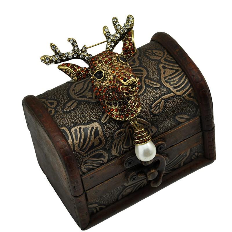 3D Design Elk Head Crystal Rhinestone Brooch Pin With Dangle Teardrop Pearl Garment Fashion Jewelry Animal Accessory Gift