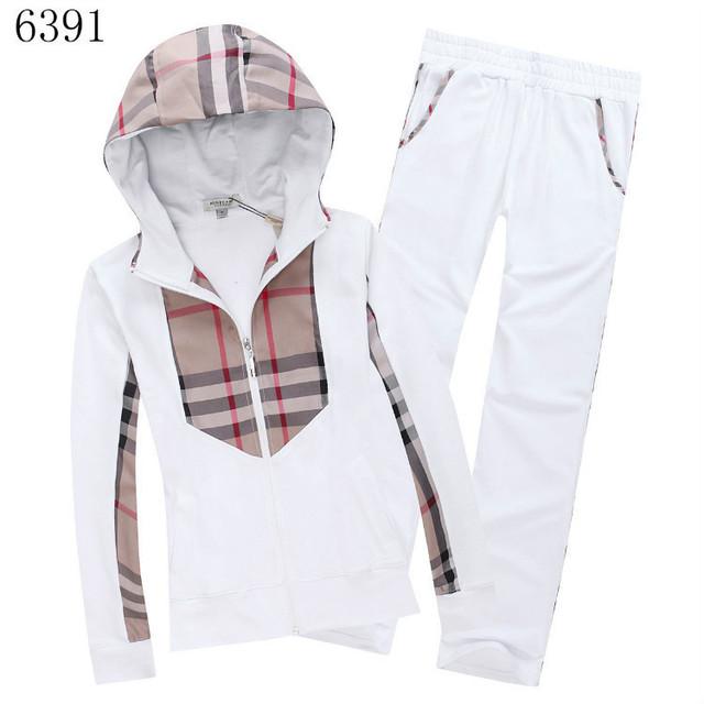 e6d3c7803ff2c burberry sweatsuit