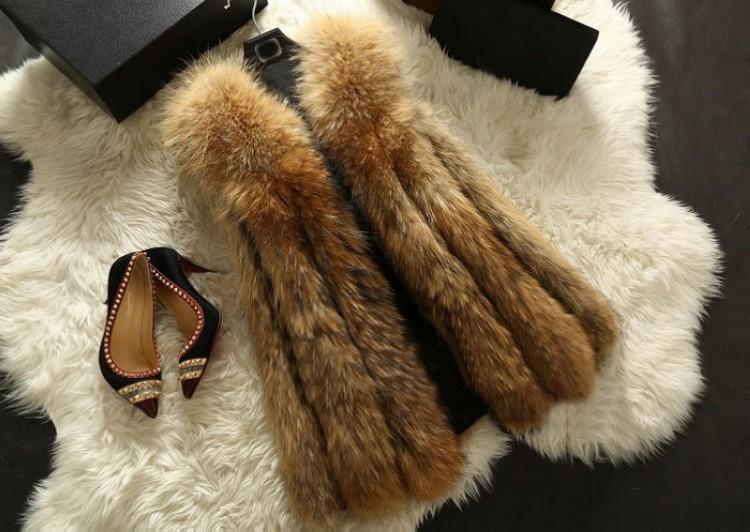 2016 Luxury Autumn Winter Genuine Real Raccoon Fur Vests Women Fur Waistcoat Female Trench Outerwear Gilet VK2231