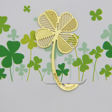 1pcs New Four-leaf Clover Reading Metal Clip Bookmark Gift Book Mark for Kids(China (Mainland))