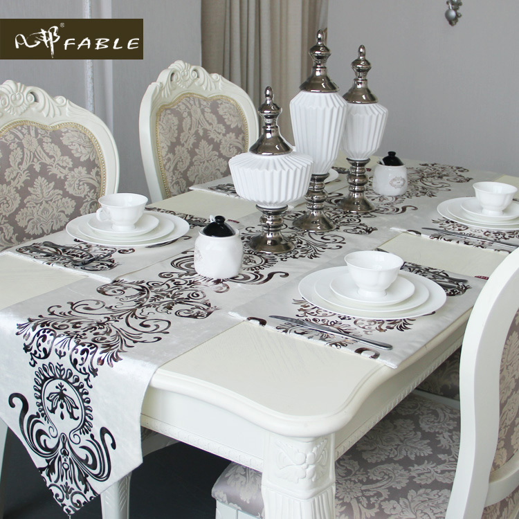 Hot Mosaic gold Chinese modern Oda chenille table flag lace table cloth mensal antependium velvet table runner(China (Mainland))