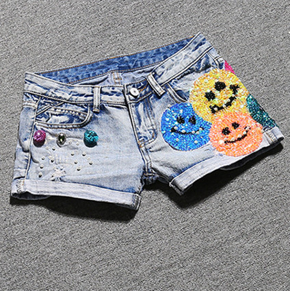 With Belt! 2016 Women's Fashion Brand Vintage Colorful Smile Face Sequined Short Jeans Sexy Woman Denim Shorts With Diamond NZ42(China (Mainland))