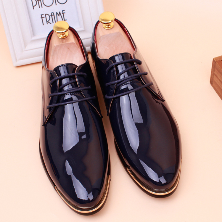 2016 Free shipping Hot Men Dress Shoes Lace-up Oxford Shoes Flat Heels Patent Leather Sapatos Masculinos Black,Brown,Red,White(China (Mainland))