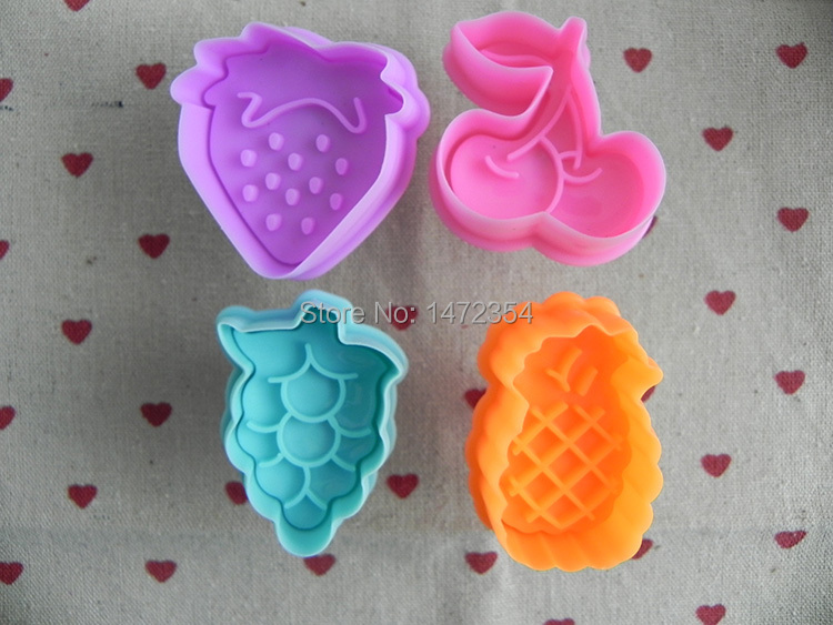 Set of 4pcs Fondant Cake Cookie Biscuit Mold Decoration Fruits Sugarcraft Plunger Cutter Strawberry, cherry, grape, pineapple(China (Mainland))