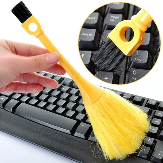 A Packet Mail Computer Keyboard Sweep The Dust Brush Cleaning Brush Multifunction Mao Shuazi Dust Cleaning(China (Mainland))