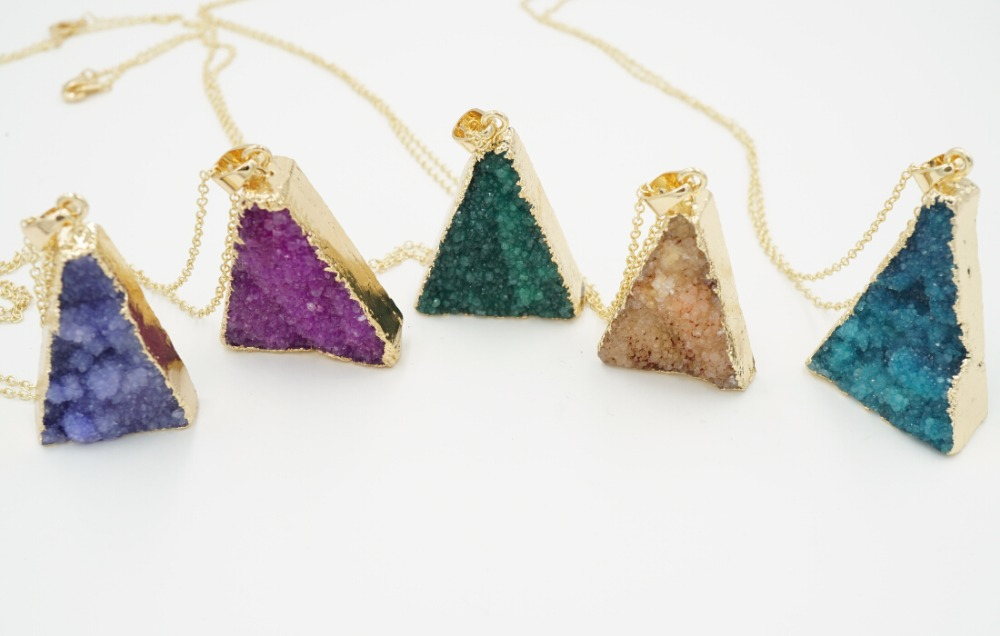 1pc 2015 New 2015 Colorful Triangle Crystal Agate Necklace Natural Stone Colors Femininos New Amethyst Quartz Jewelry N144(China (Mainland))