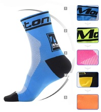 Monton Men/Women Cycling socks High elasticity Bike Socks 0utdoor Sports Socks Wearproof Bicycle Sock Deodorization Breathable(China (Mainland))