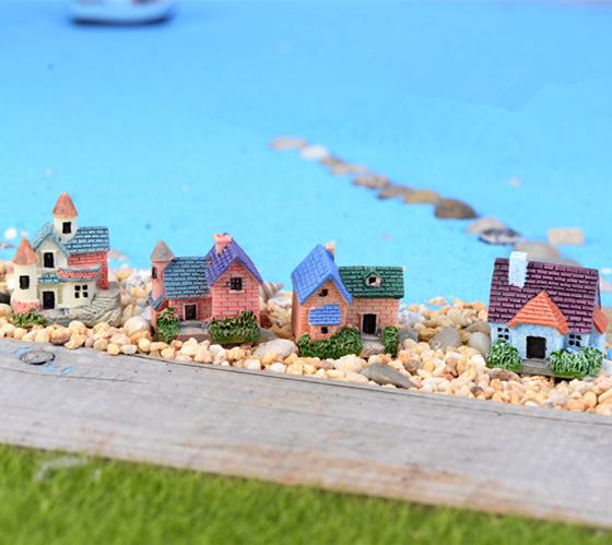Artificial fairy house deer fairy garden miniatures mini gnomes moss terrariums resin crafts figurines for garden decoration(China (Mainland))