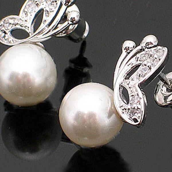 Sweet Artificial Pearl Rhinestone Butterfly Design Earrings Ear Stud Ladies Women Girls Jewelry Gift<br><br>Aliexpress