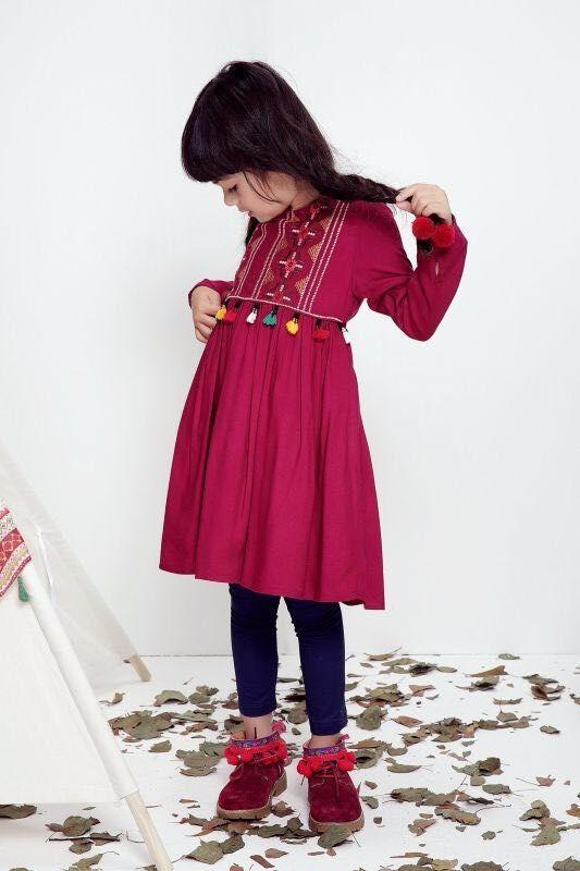 Скидки на 2016 Европейский модельер бренда новорожденных девочек платье с tassuel симпатичные одежда для новорожденных девочек бесплатная доставка