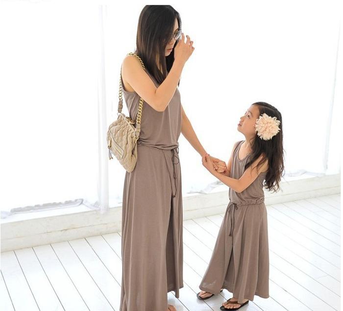 2015 Korean Summer Style Princess Kids Dresses For Girls Solid Color Ankle-Length Parent-Child Beach Dress  Children Clothing<br><br>Aliexpress
