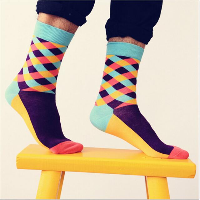 Цвет мужчины/женщины экипажа хлопчатобумажные носки счастливые носки случайный harajuku ...