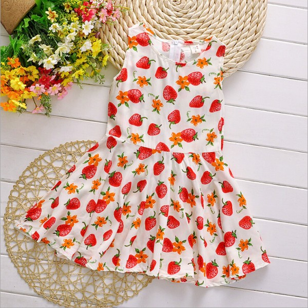 summer girl dress New princess children floral dress 2015 kids clothes baby Strawberry Pattern vest dresses for girls QY-356(China (Mainland))