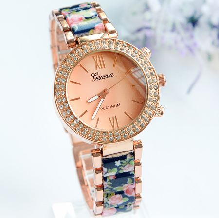 2015 New Watch Women Popular Quartz Watch Watches Top Brand Luxurygold Watched Dress Wristwatch  Geneva Watch<br><br>Aliexpress