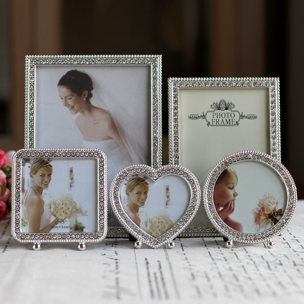 Hot Sale Metal Picture Frame Alloy Photo Frames With Pearls and Rhinestone Decoration(China (Mainland))