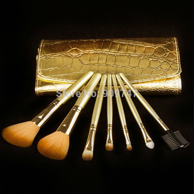 Promotions 7Pcs Professional Makeup Brush 7 pcs Cosmetic Brushes with Gold Leather Case Dropshipping Free Shipping