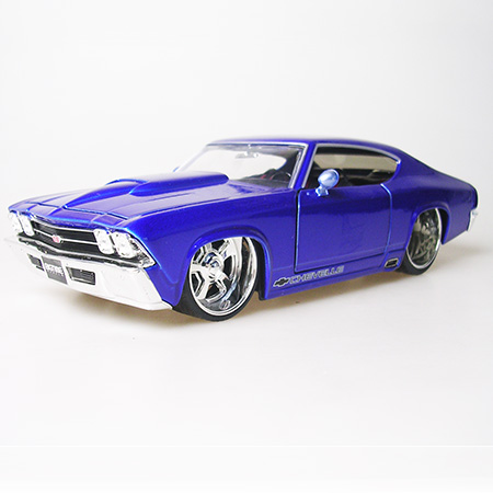 Best Sale American Muscle Car 1:24 High Artificial Car Model Collectable 1969 Chevelle SS Popular Car Toy Free Shipping(China (Mainland))