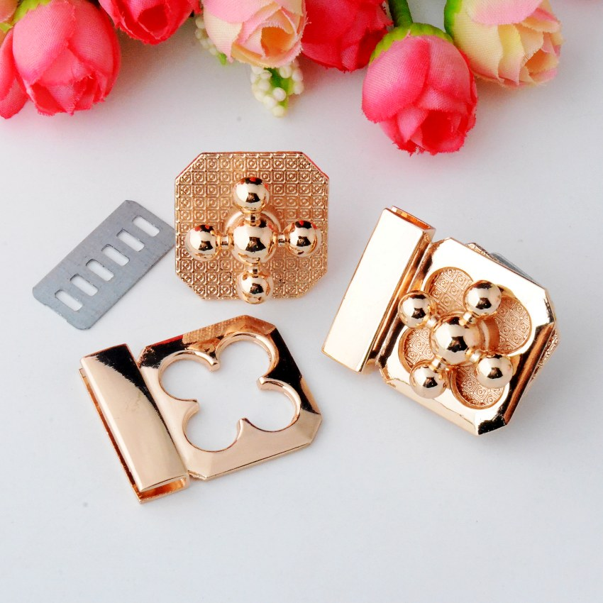 Free Shipping-5 Sets Purse Twist Turn Lock Golden Metal Hook Box Latches Clasp Bag Lock Trunk Purse Lock 34x27mm J2980(China (Mainland))