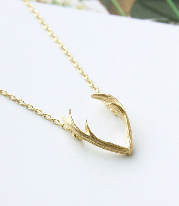 2016 new fashion deer horn antler necklace unique animal for Women s minimalist jewelry