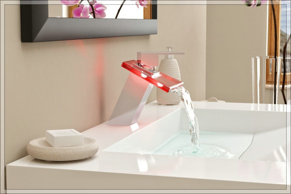 bathtub faucet hand shower