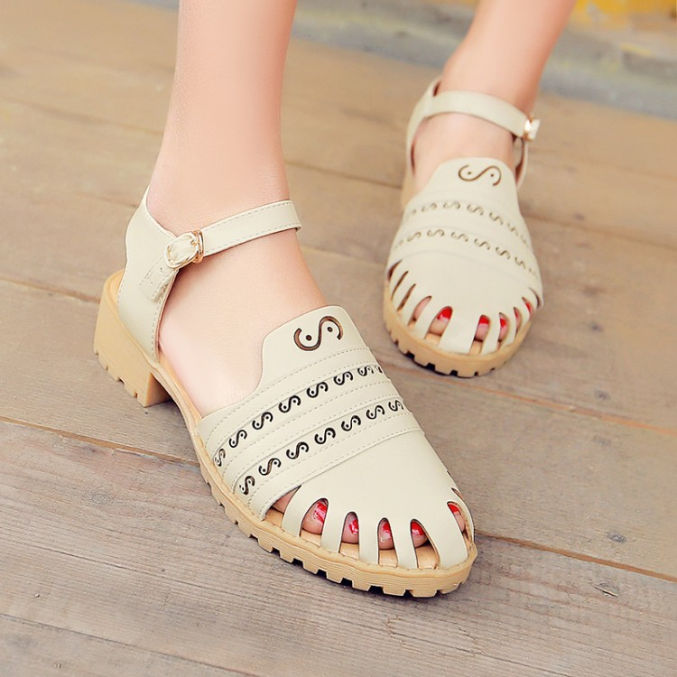 Gladiator Sandals 2016 Summer Fashion Cut-Outs Ankle Buckle Strap Sandals Rome Retro Hole Thick Low Heel Leather Shoes Sandalias