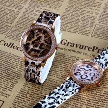2015 nueva moda mujeres del reloj de ginebra marca relojes cuarzo del acero del oro Relogio Masculino Feminino relógio envío gratis
