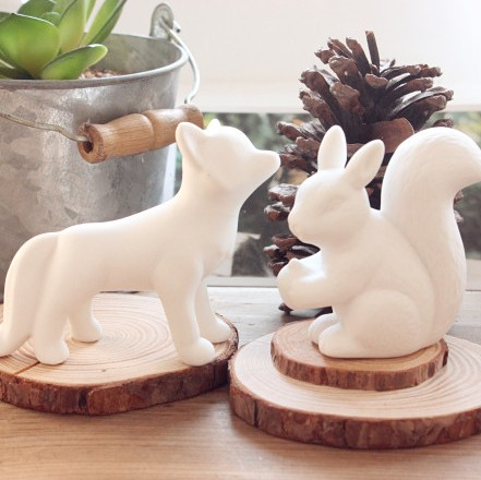Free Shipping New 2015 Zakka White Ceramic Squirrels And Foxes Ornaments Ceramic Home Decoration(China (Mainland))
