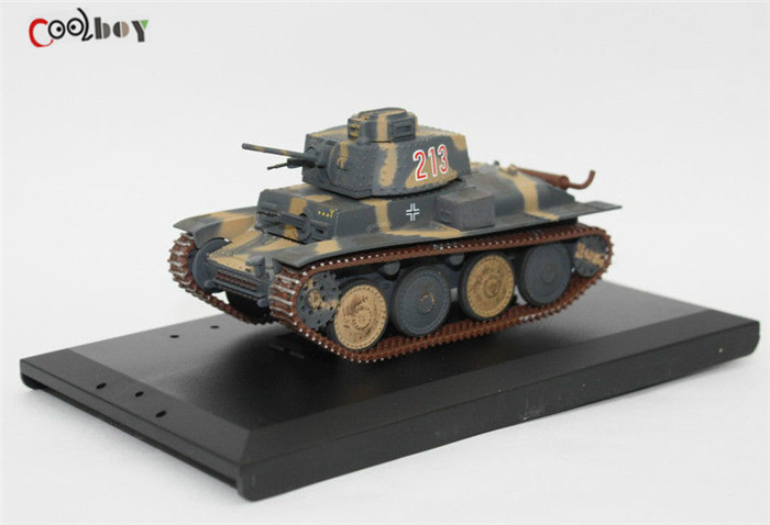 1:48 Toys 916A German Diecast Tank model PANZER 38T Soldier Story WWII Figures Collection(China (Mainland))