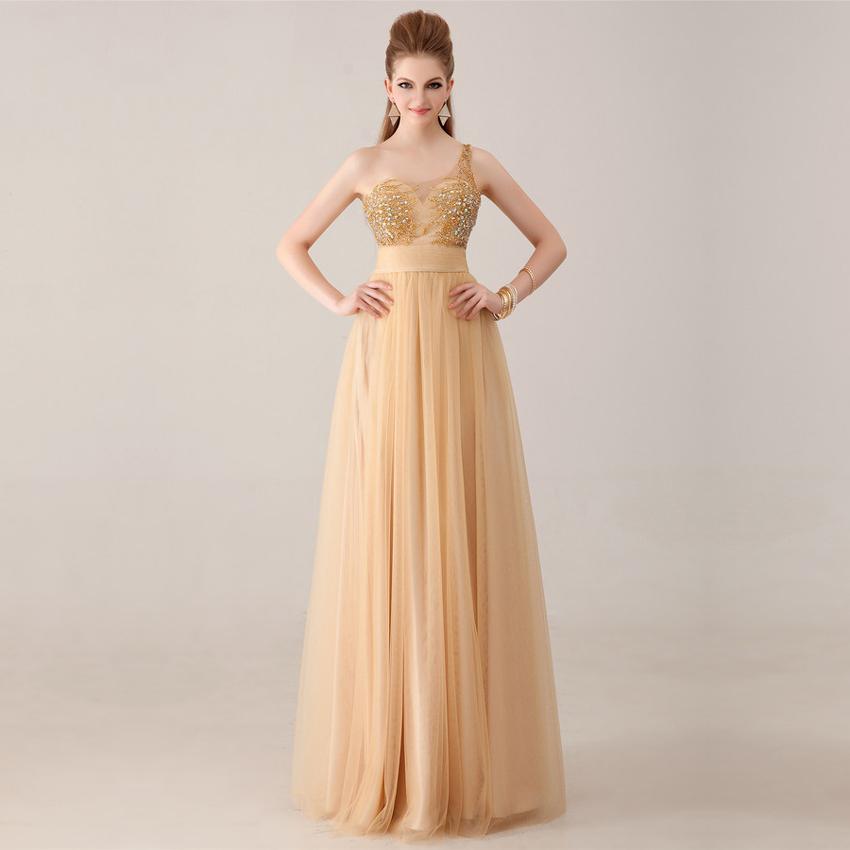 Платье цвета шампань на выпускной