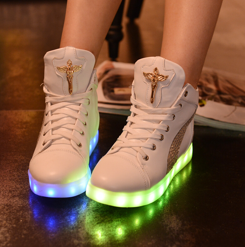 Fashion 8 Colors LED Shoes 2015 Autumn Winter High Top Growing Shoes For women Luminous Shoes White / Black Light Up Shoes(China (Mainland))