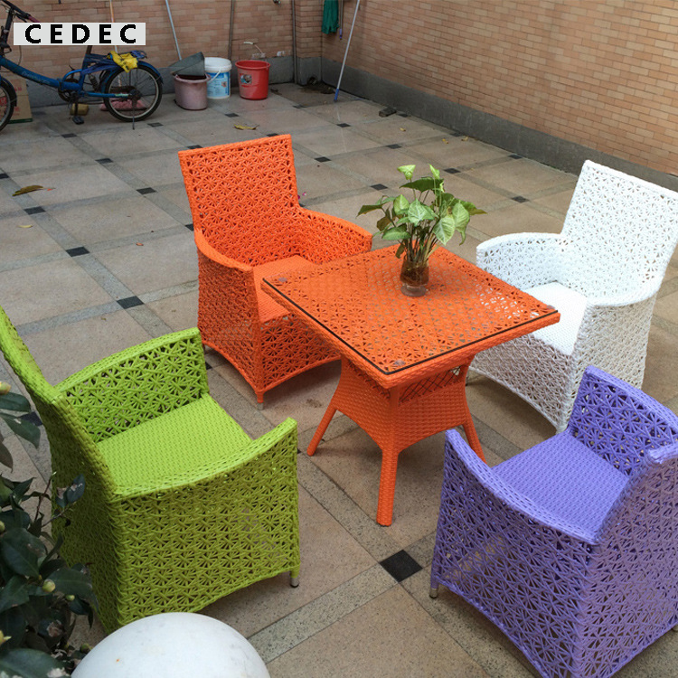 5 Pieces Modern Wicker PE Rattan Outdoor Patio Dining Table Set, With  Chairs And Glass